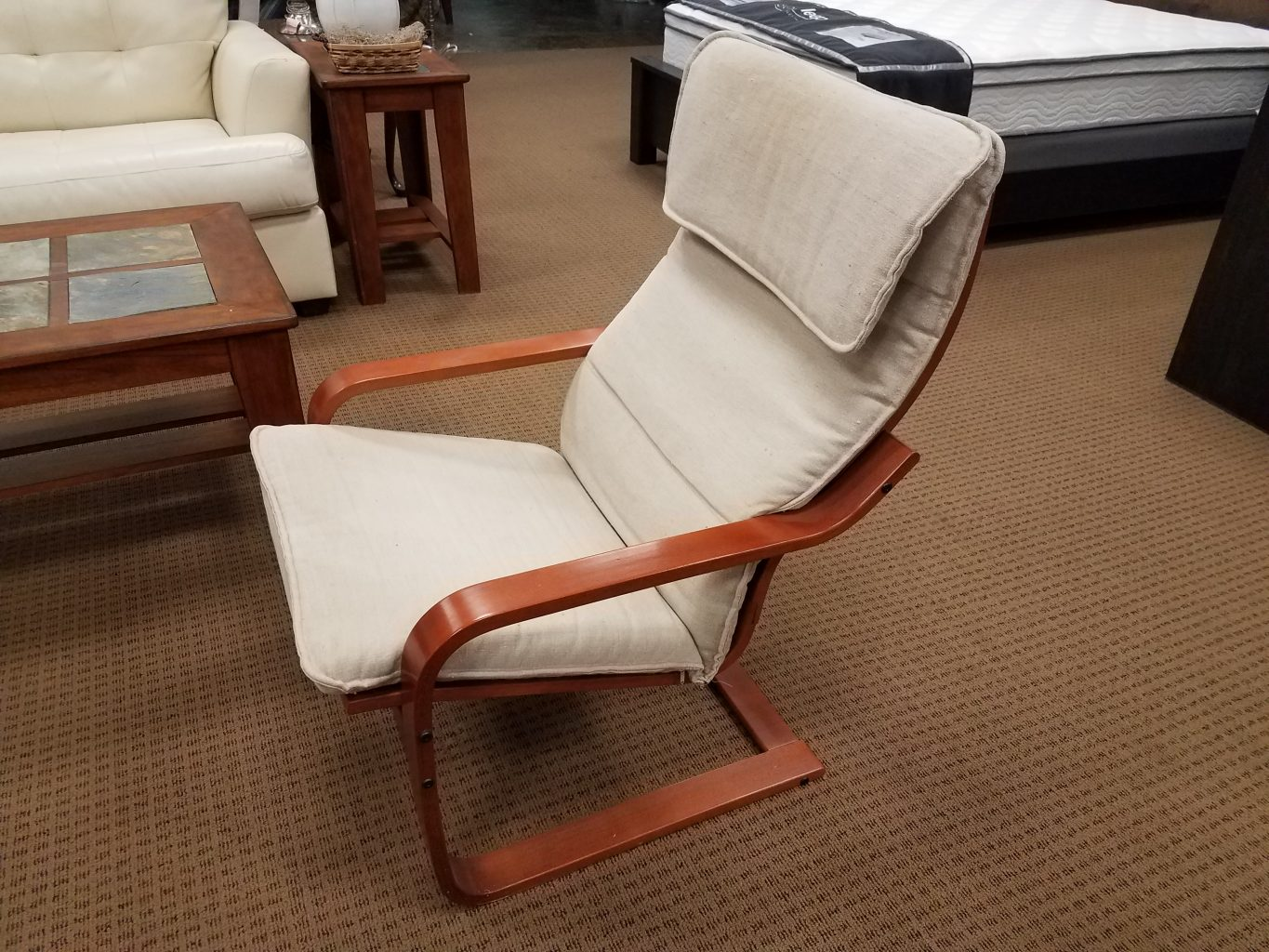 furniture ContentLibrary article accent chairs